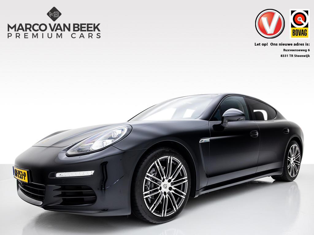 Porsche Panamera 3.0 d 300 pk nw. prijs € 152.668 leder sportstoelen led 20 inch sportuitlaat sportchrono