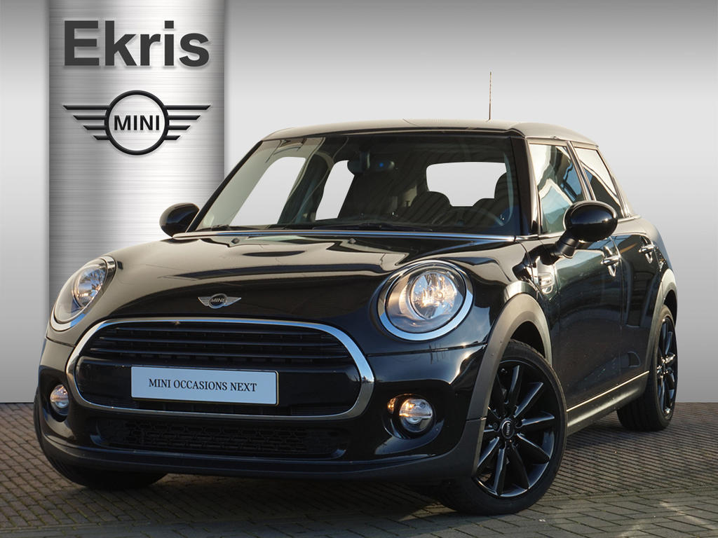 Mini 5-deurs Cooper business edition