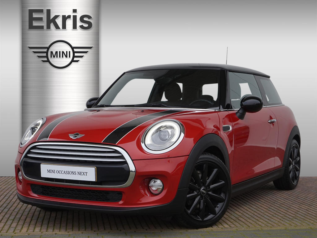 Mini 3-deurs Cooper business + wired