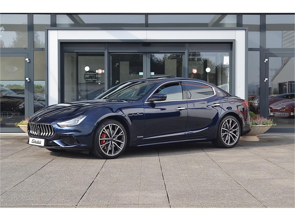Maserati Ghibli 3.0 v6 gransport 350pk my19 led / soft-close / carbon