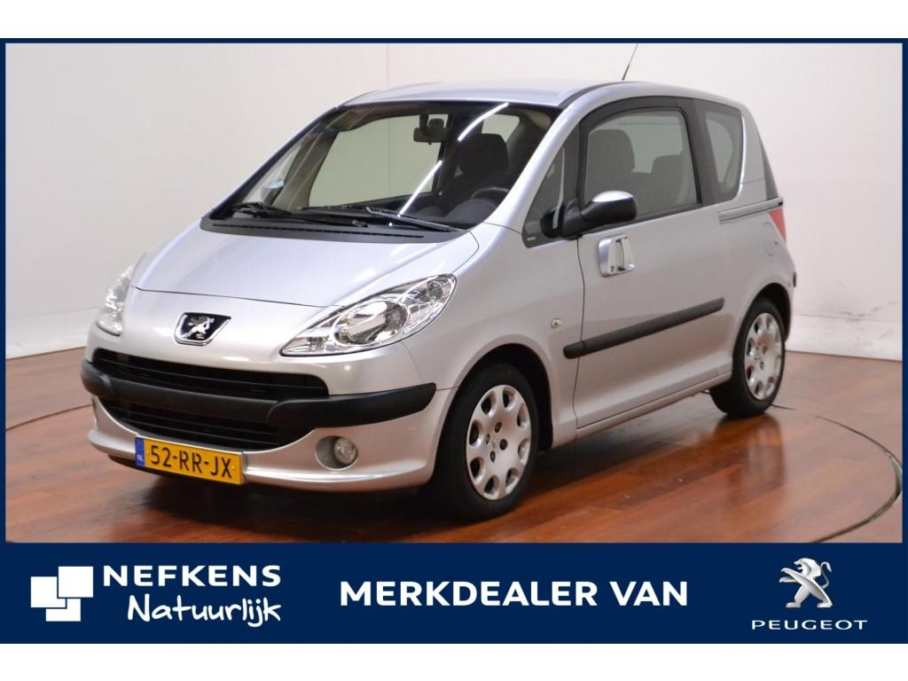 Peugeot 1007 1.4 gentry * airco *