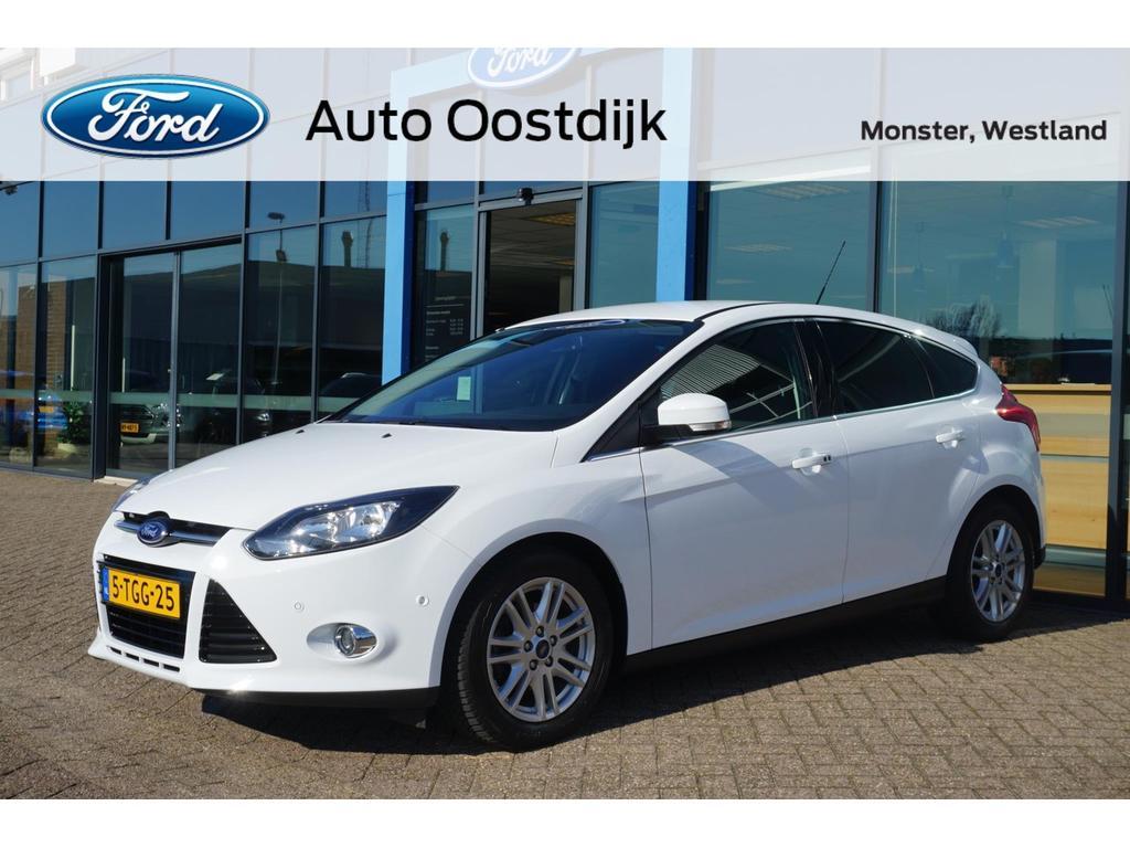 Ford Focus 1.0 ecoboost edition plus navi climate trekhaak parkeersensoren voorruitverwarming dealer onderhouden