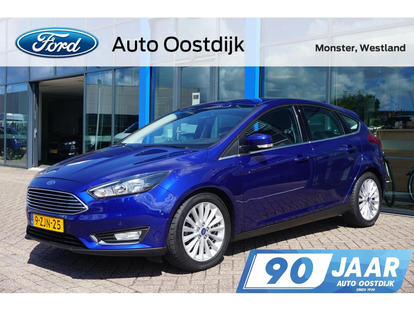 Ford Focus 1.0 first edition 125pk 5-drs navi climate trekhaak parkeersensoren