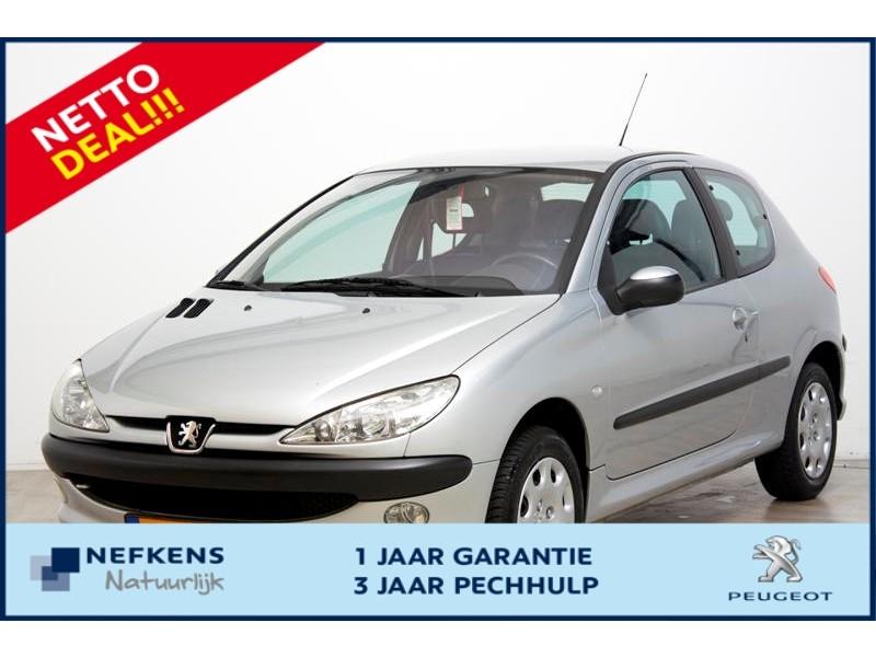 Peugeot 206 1.4 16v 3-drs gentry premium * leder * clima * 12 mnd garantie *