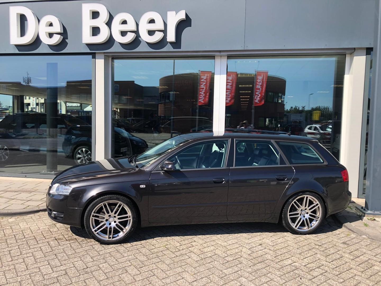 Audi A4 2.0 tfsie 125kw avant advance