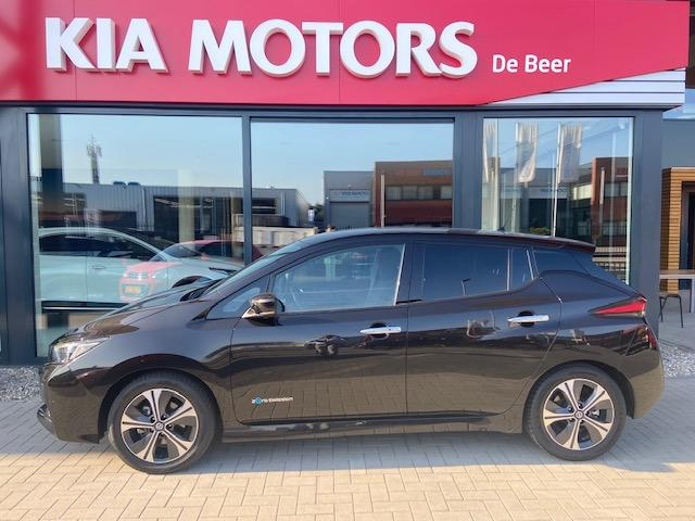 Nissan Leaf Electric 40kwh 2.zero edition €21995,- na subsidie