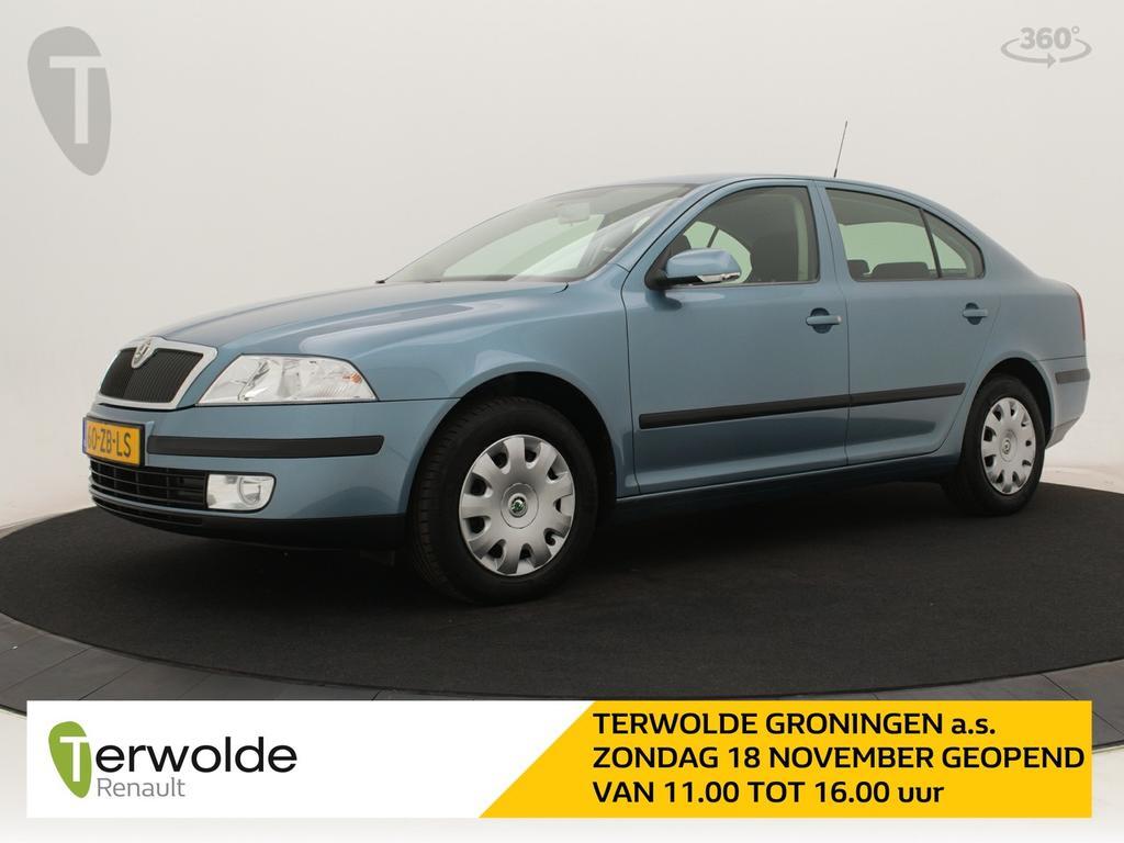 Škoda Octavia 1.6 ambiente airco