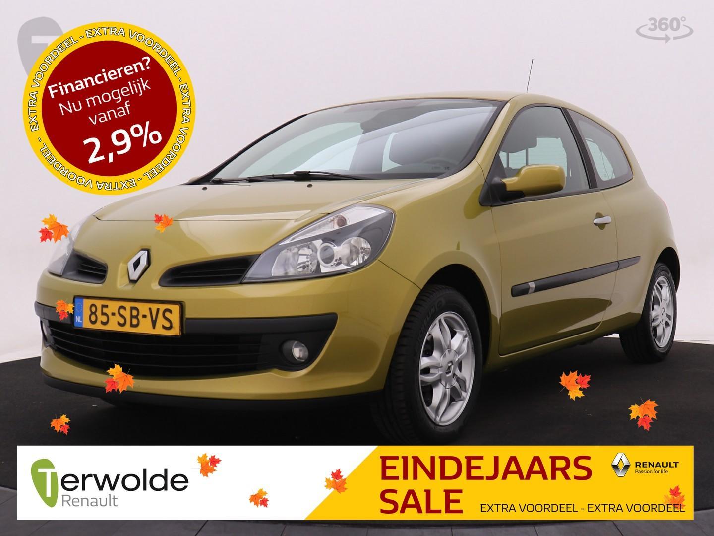 Renault Clio 1.6-16v dynamique comfort