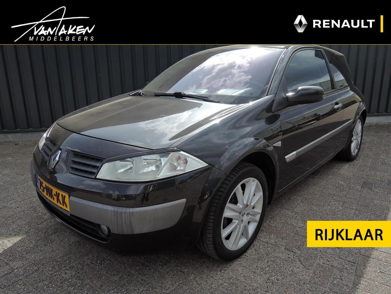 Renault Mégane 2.0-16v dynamique luxe