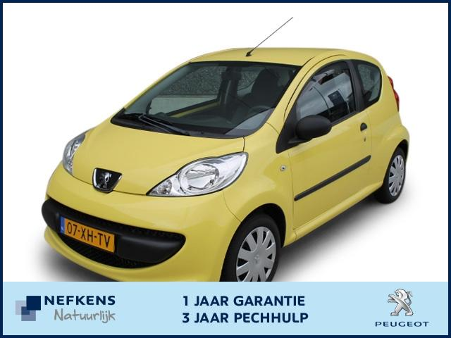 Peugeot 107 Xr 1.0-12v 3drs * weinig kilometers *